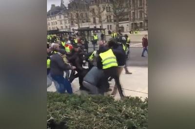 Phóng viên Pháp bị người biểu tình Áo vàng hành hung