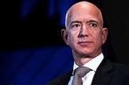 Nhân tình của tỷ phú Amazon tự hào khoe chuyện là 'người thứ ba'