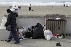 Quanh Nhà Trắng ngập rác vì chính phủ đóng cửa