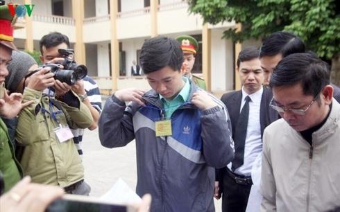Hoàng Công Lương,chạy thận,Hòa Bình,xét xử bác sĩ Hoàng Công Lương,bác sĩ Hoàng Công Lương