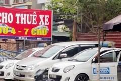 Giá thuê ô tô leo thang từng ngày theo Tết