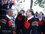 Thủ tướng thăm hỏi, trao quà Tết cho đồng bào dân tộc Tây Nguyên