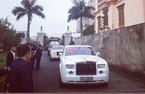 Choáng ngợp Rolls-Royce Phantom làm xe rước dâu