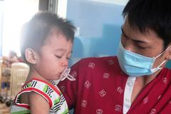 Dịch sởi bùng phát ở TPHCM, trẻ em, bà bầu nhập viện
