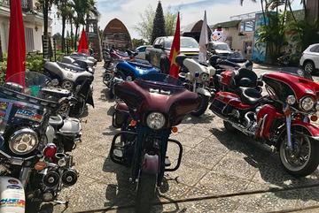 Dân Việt chơi môtô tiền tỷ: Từ khốn khó tới huy hoàng