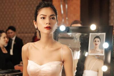 Quán quân Next Top Model 2017 bức xúc vì bị nợ cát-xê