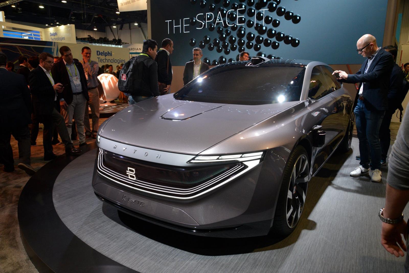 Ô tô điện Trung Quốc gây choáng vì trang bị cực hiện đại