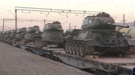 Hình ảnh loạt xe tăng Lào 'xuất' sang Nga