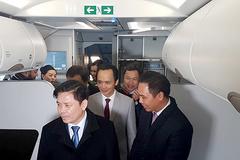 Bộ trưởng GTVT dự lễ đón máy bay thế hệ mới của Bamboo Airways