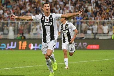 Ronaldo tỏa sáng, Juventus đoạt Siêu cúp Italia