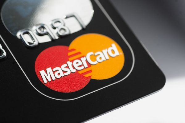 MasterCard sẽ không cho các công ty tự trừ tiền khách hàng