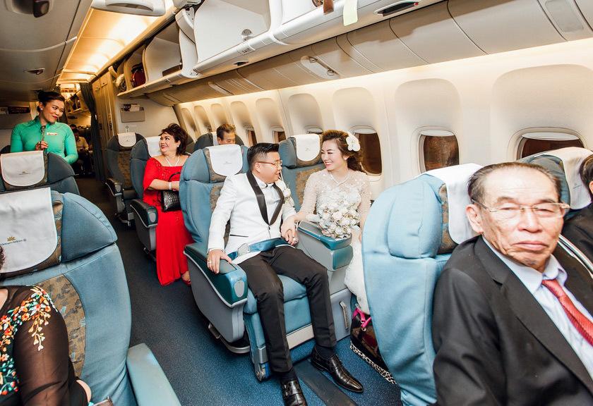Con gái đại gia được đón dâu bằng máy bay 3 năm trước giờ ra sao?