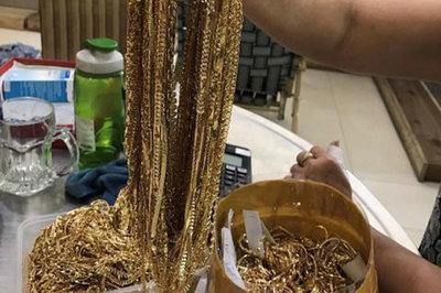 230 lượng vàng vô chủ trong khi công an chờ người đến nhận