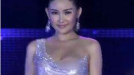 Ngân Anh lộ dán ngực phản cảm tại Miss Intercontinental