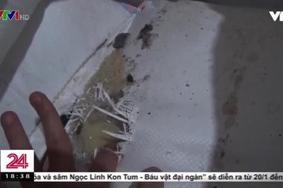 'Đột kích' dây chuyền làm bánh kẹo 'bẩn' siêu rẻ ở ngoại thành Hà Nội