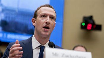 Facebook 'kêu oan' về trào lưu đăng ảnh 10 năm