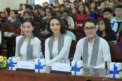 Hoa hậu Ngọc Diễm: Bí quyết thành công là ham đọc sách
