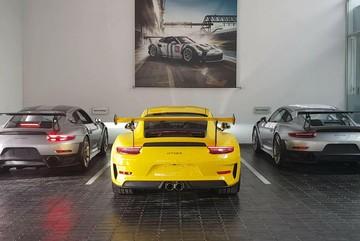 Ông Đặng Lê Nguyên Vũ tậu siêu xe Porsche 911 20 tỷ