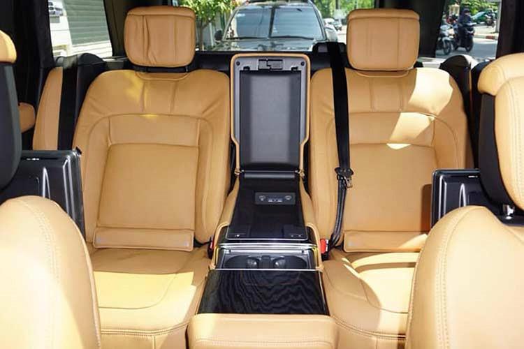 """Chất hơn Minh """"nhựa"""", đại gia Bình Dương tậu Range Rover 14 tỷ"""