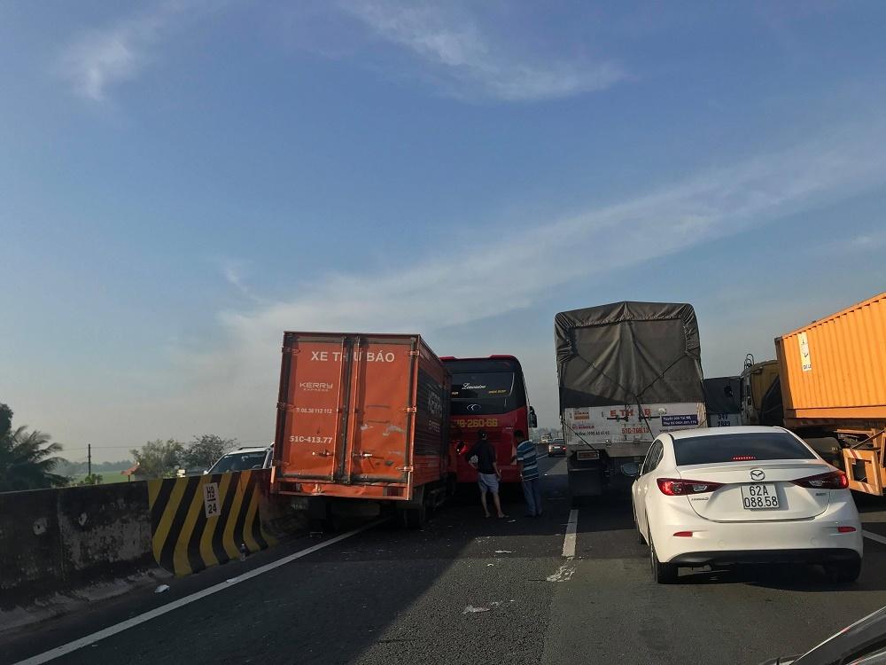tai nạn giao thông,tai nạn,cao tốc