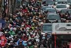 """Vội vàng cấm xe máy: Ngưng trệ, đình đốn, thành phố """"chết"""""""