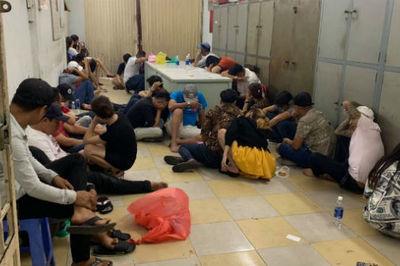 Đột kích vũ trường của dân chơi ma tuý ở Sài Gòn