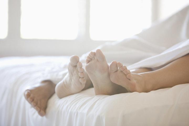 Giải đáp cho các cặp đôi: Sau khi làm chuyện ấy các cặp đôi nên làm gì - ảnh 2