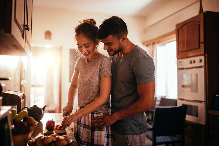 Giải đáp cho các cặp đôi: Sau khi làm chuyện ấy các cặp đôi nên làm gì - ảnh 3