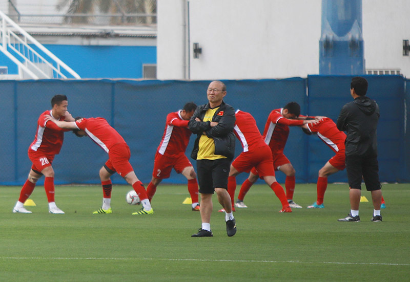 HLV Park Hang Seo chọn World Cup hay SEA Games?