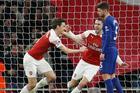 Arsenal 2-0 Chelsea: Đội khách dồn lên tìm bàn gỡ (H2)