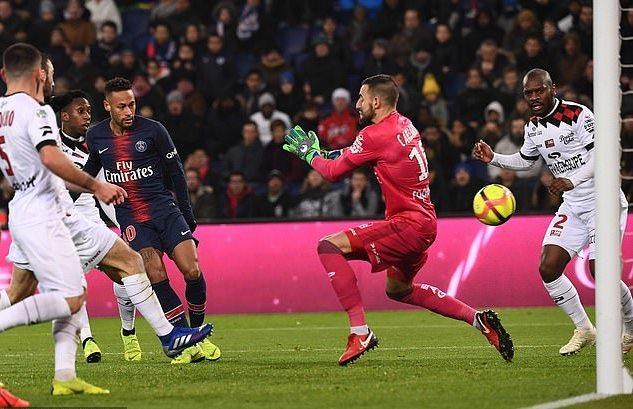 PSG 9-0 Guingamp: Neymar, Mbappe, Cavani bùng nổ, tỷ số kinh hoàng