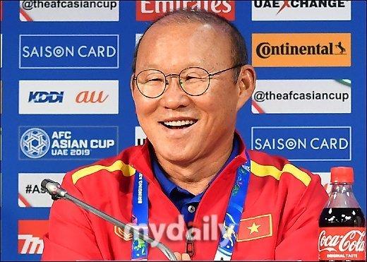 Tuyển Việt Nam,HLV Park Hang Seo,Báo Hàn Quốc,Truyền thông quốc tế