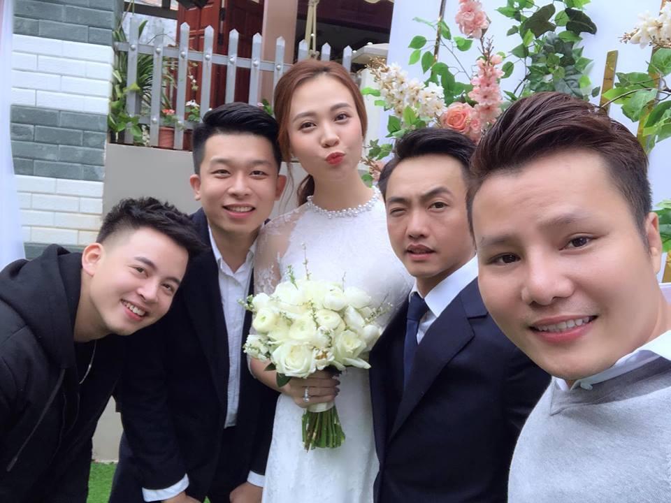 Cường Đô La và Đàm Thu Trang bất ngờ tổ chức đám hỏi