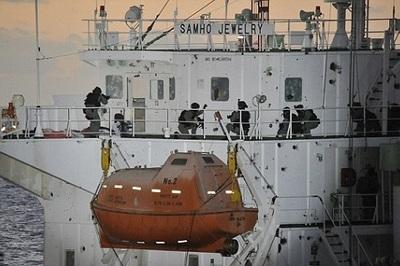 Ngày này năm xưa: Hải quân Hàn Quốc tấn công cướp biển