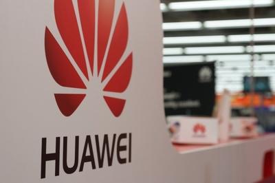 Giữa nước sôi nửa bỏng, Đức cân nhắc cấm cửa Huawei