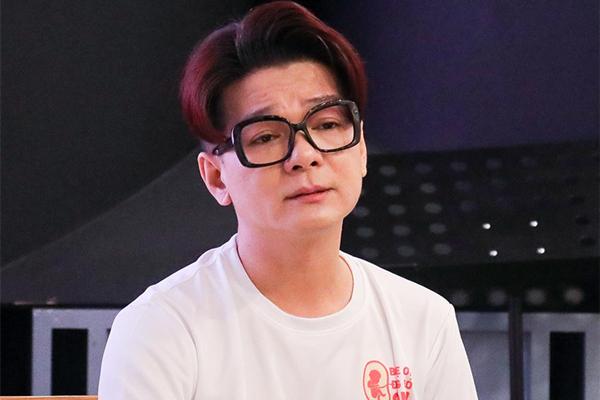 Ca sĩ Vũ Hà khóc khi kể lại chuyện vợ hơn 8 tuổi hư thai 3 lần
