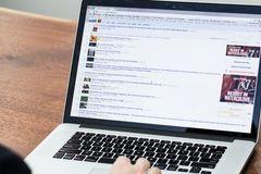 """Ấn Độ muốn kiểm duyệt nội dung """"bất hợp pháp"""" trên mạng xã hội"""