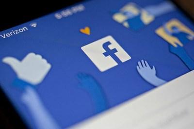 Facebook tính dùng các trào lưu mạng để lôi kéo người dùng thiếu niên