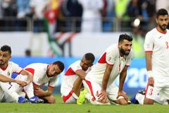 Cầu thủ Jordan đổ gục, khóc nức nở vì thua tuyển Việt Nam