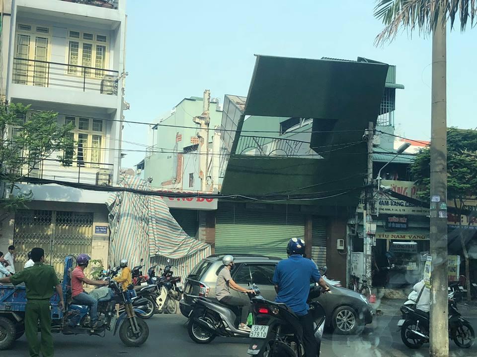 Trụ điện cứu mạng nhiều người đi đường ở Sài Gòn