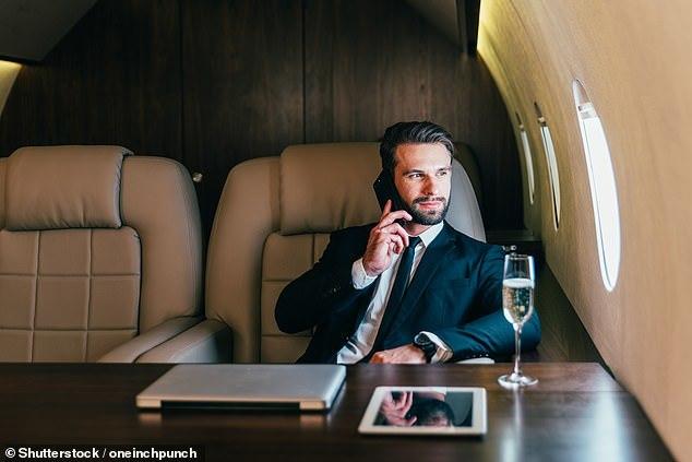 Tiết lộ khủng khiếp về tài sản của nhóm siêu giàu thế giới