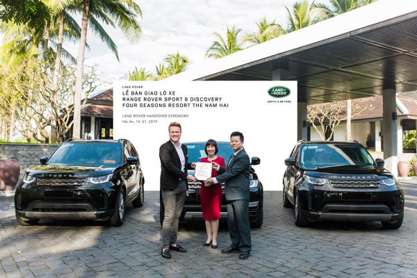 Land Rover VN bàn giao xe cho Four Seasons Resort The Nam Hai