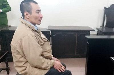 Hà Nội: Vợ đòi ly hôn, chồng tưới xăng thiêu chết