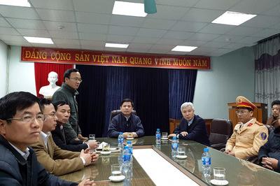 Tai nạn 8 người chết: Bộ trưởng Thể lệnh làm rõ việc chậm phân làn trên QL5