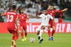 Trực tiếp UAE vs Kyrgyzstan: Chủ nhà ở cửa trên