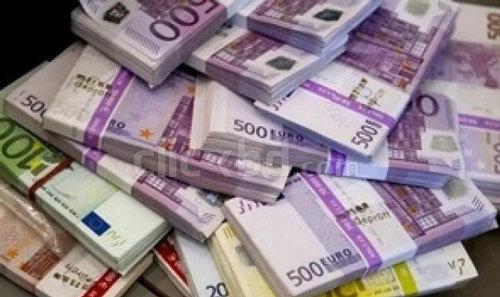 Tỷ giá ngoại tệ ngày 25/1: Kỷ lục 50 năm, USD tăng điểm