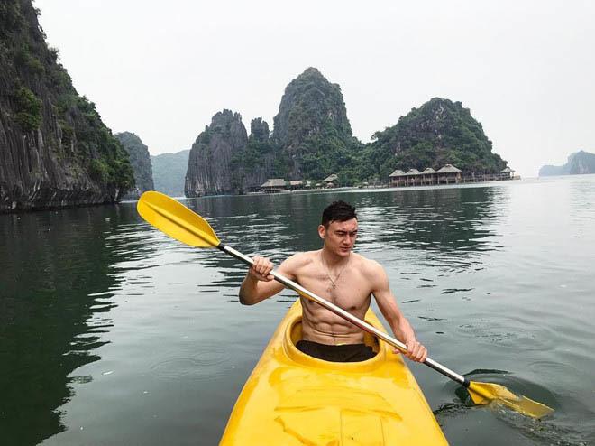 Dân mạng phát sốt với clip Đặng Văn Lâm nhảy 'Như lời đồn' của Bảo Anh