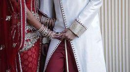 Cô dâu gọi cảnh sát bắt chú rể ngay trong đám cưới vì say rượu
