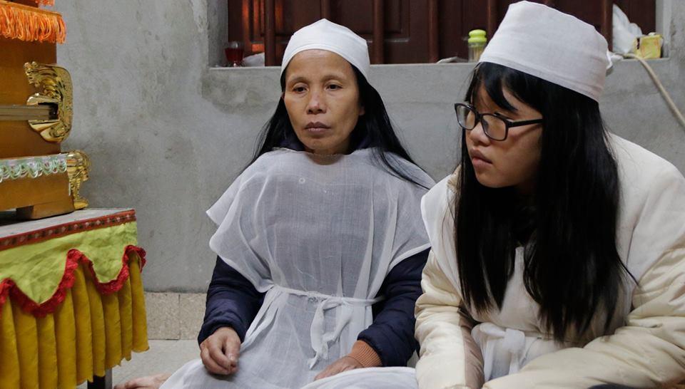 Tai nạn 8 người chết: 'Ông nói đi họp rồi đi mãi'
