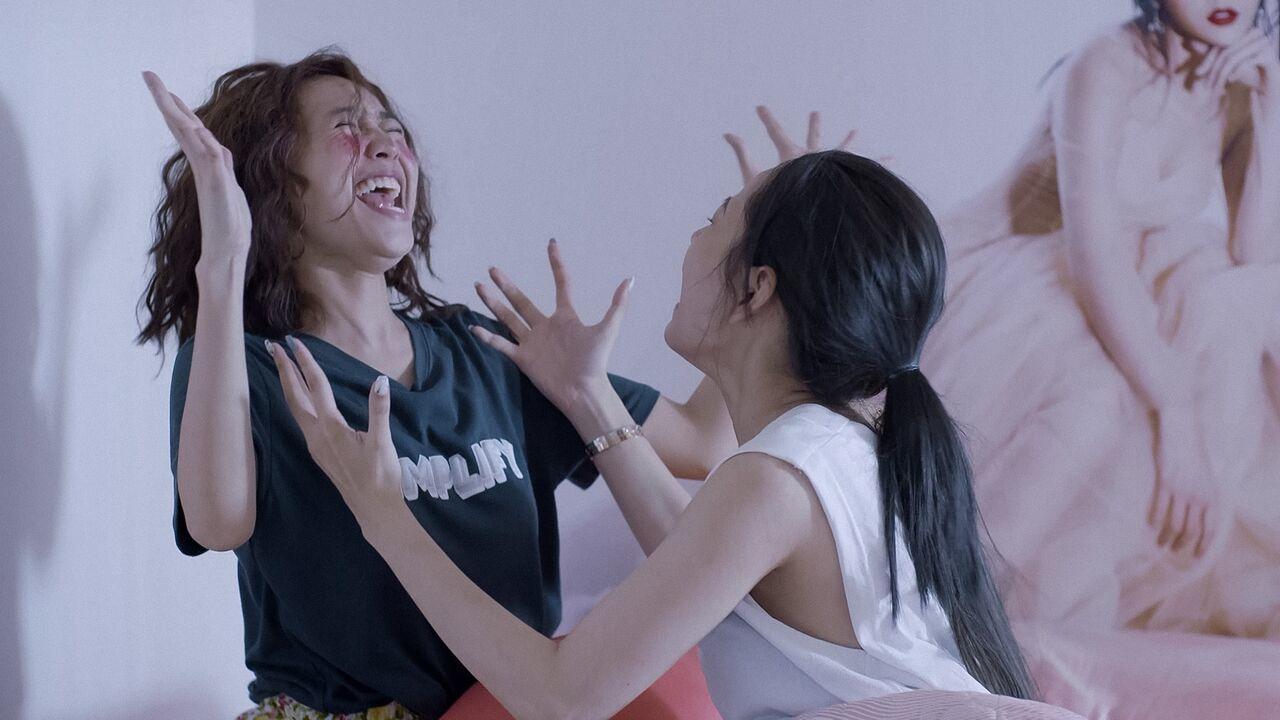 'Mối tình đầu của tôi' tập 4: Lan Ngọc liều lĩnh đá thẳng 'chỗ hiểm' của B Trần